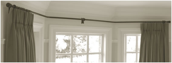 Curtain Pole in Bay Window
